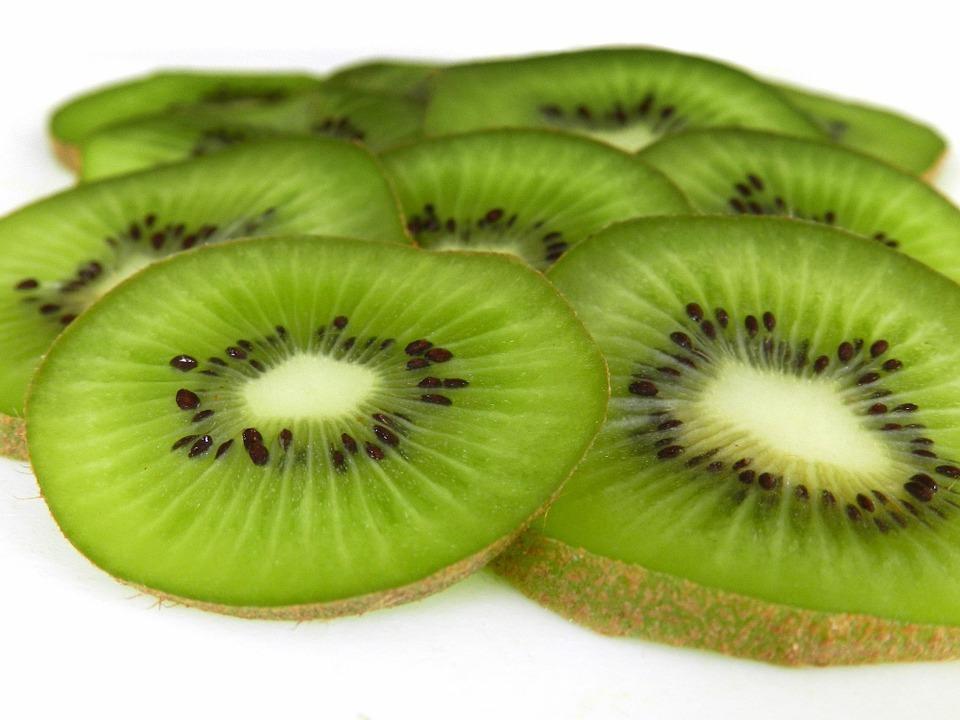 kiwi-fruit-999848_960_720
