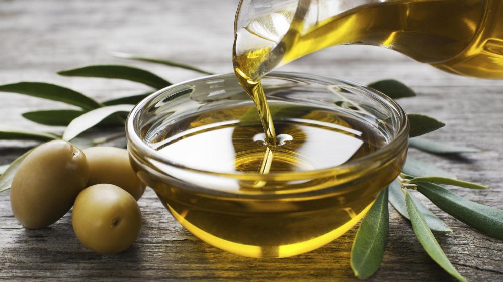 14-razones-por-las-que-deberiamos-empezar-a-tomar-aceite-de-oliva