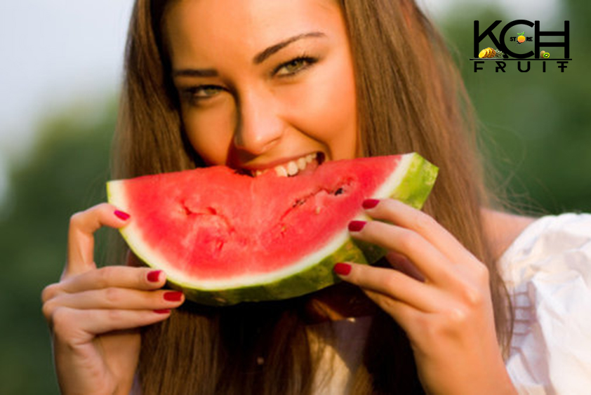 eating-watermelon-in-this-way-can-make-you-fat