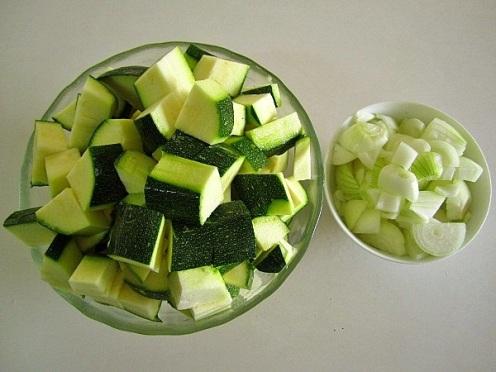 sopa-fría-de-calabacines-2