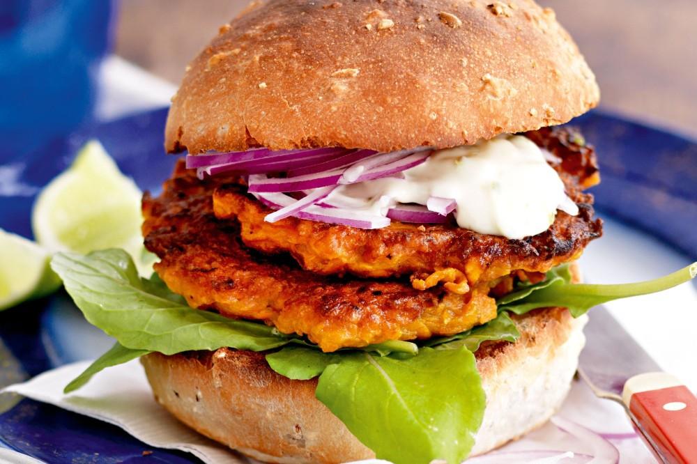 sweet-potato-rosti-burger-with-aioli-93625-1